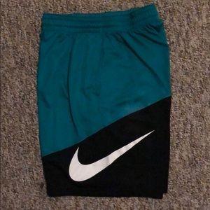 🏀🏈 Men's Nike athletic shorts 🎾🏐